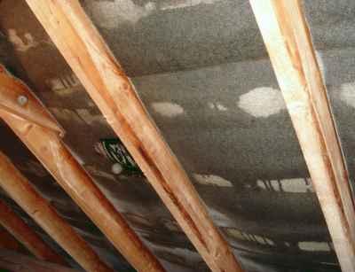 Geliebte Dachgeschoss gedämmt. Jetzt Schimmel an den Dachlatten und Sparren @AS_21